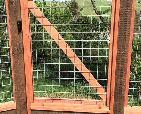 out changing the look or shape of each panel due to its versatile design this style of wire is ideal for livestock gardens trellises and much more