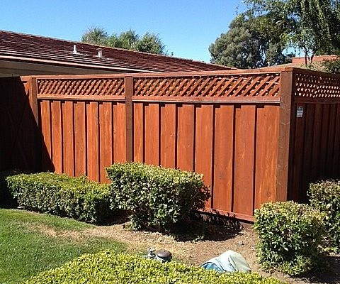 PRIVACY LATTICE REDWOOD FENCING